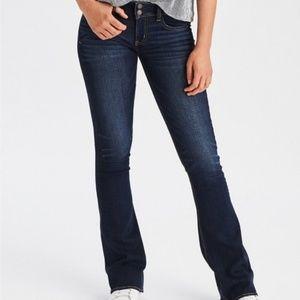 American Eagle Artist Flare Jeans SZ 18 Short